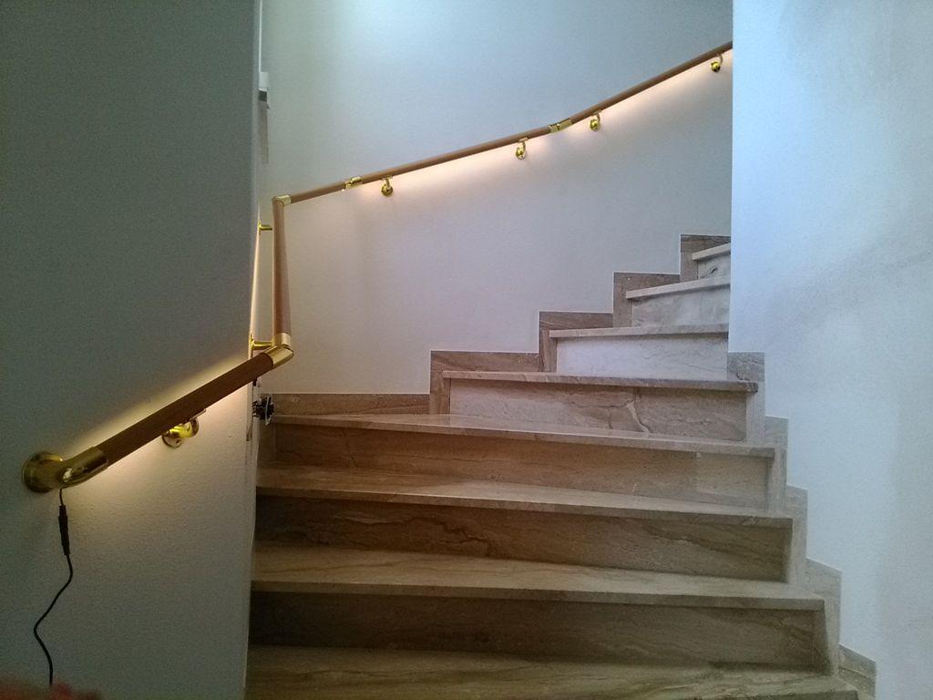 flexo handlauf flexo handl ufe mit beleuchtung innen. Black Bedroom Furniture Sets. Home Design Ideas