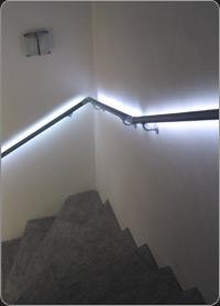 treba frewa edelstahl handlauf set mit 1 bewegungsmelder und led beleuchtung 1 st ck l1. Black Bedroom Furniture Sets. Home Design Ideas